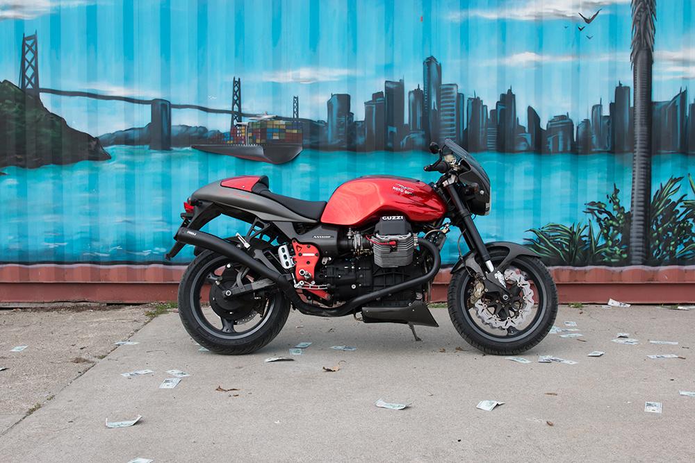 MotoGuzzi-V11-Sport-Rosso-Mandello_Treas